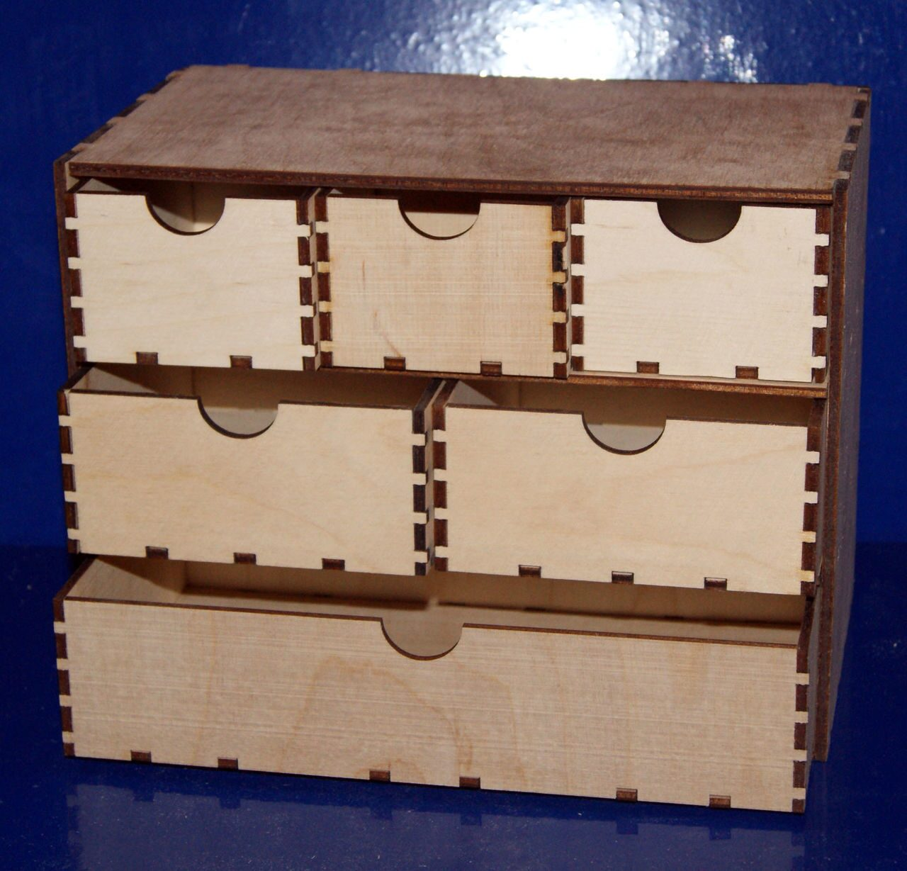Как сделать ящик для мелочей из фанеры своими руками